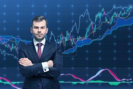 Photo pour Trader et graphique forex. Un concept de processus de gestion de portefeuille prospère . - image libre de droit