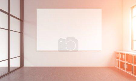 Photo pour Espace de bureau sans meubles à l'exception des étagères de plancher pour les dossiers et une affiche blanche blanche sur le mur blanc, fenêtre à droite. Concept d'un nouveau bureau. Rendu 3d. - image libre de droit