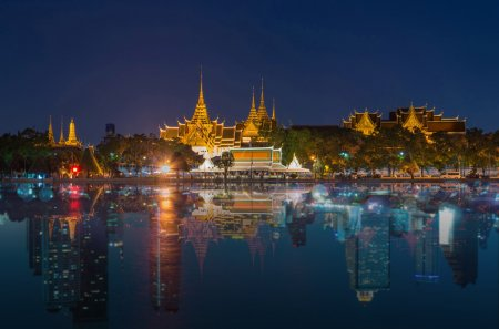 Grand palace river side reflect