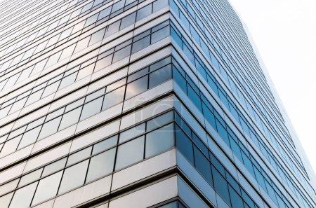Photo pour Gros plan verre des gratte-ciel immeuble commerce moderne, concept d'architecture d'entreprise - image libre de droit