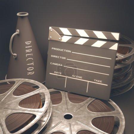 Photo pour Clapperboard avec rouleaux de film dans le cinéma concept rétro . - image libre de droit