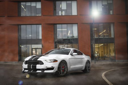 White Ford Mustang GT...