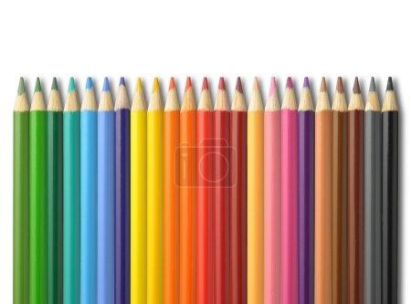 Photo pour Crayons colorés au crayon sur fond blanc - image libre de droit
