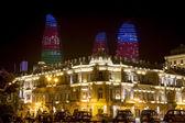 Město pohled městem Ázerbájdžánu Baku v noci, v Azerba