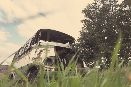 Abandoned old bus