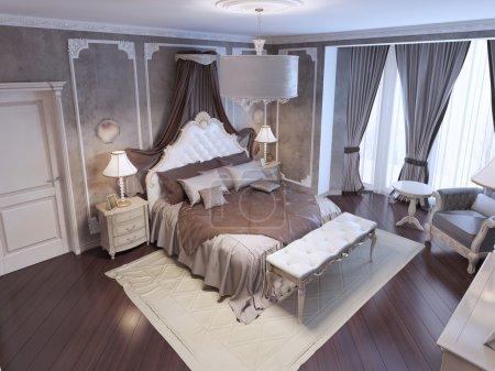 Photo pour Vue sur exclusif conçu lit avec ornement blanc tête de lit et rideaux, banc doux sur tapis de couleur blanche de dessus. rendu 3D - image libre de droit