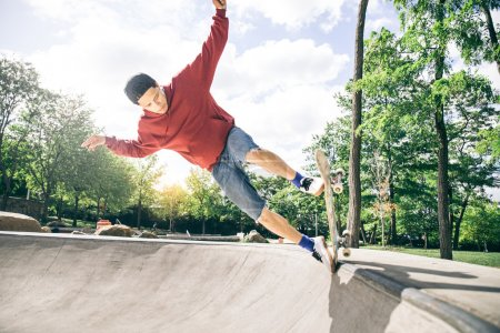 Skateboarder driving his board