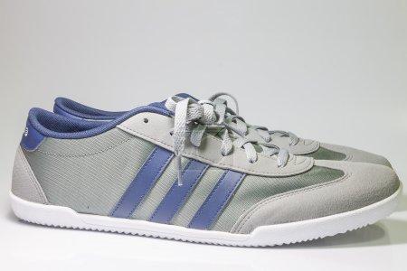Sports ShoesAdidas Neo Label on