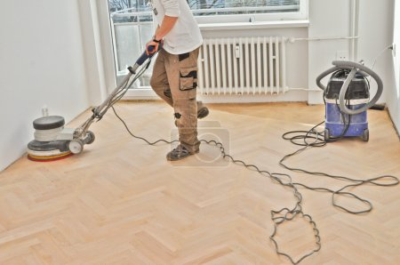 Renovation of old wooden parquets