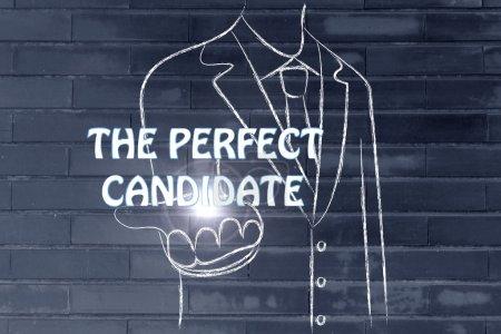 Photo pour Homme d'affaires retenant le mot le candidat parfait - image libre de droit