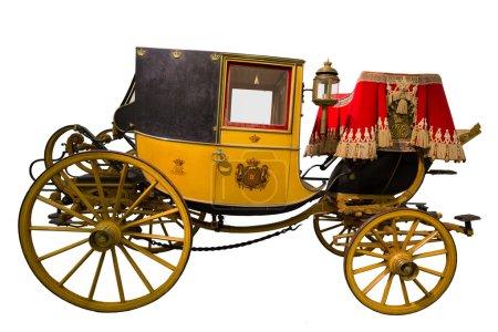 Photo pour Intelligent transport historique jaune isolé sur blanc - image libre de droit