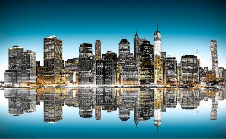 Photo pour Panoramic night view of New York - image libre de droit