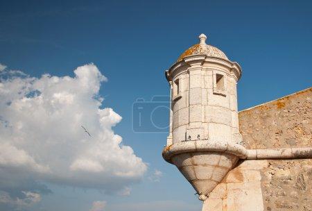 Photo pour L'une des tourelles de la Forte da Bandeira, Lagos, Portugal - image libre de droit