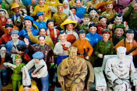 Figures of Chinese people