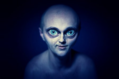 Portrait of an alien with big eyes...