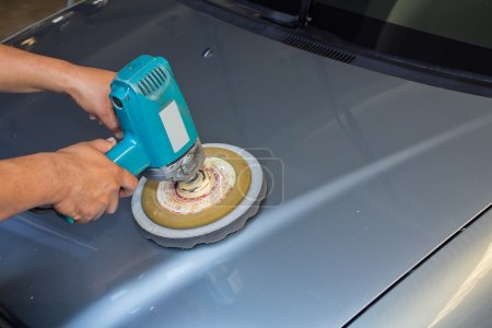 Buffer machine polishing car