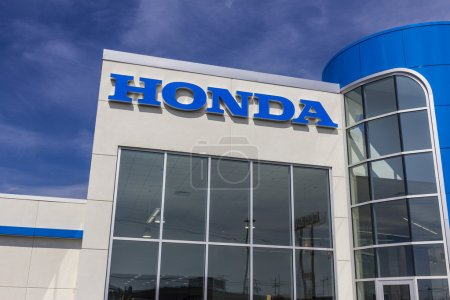 Indianapolis - Circa August 2016: Honda Motor Co. Logo and Sign. Honda Manufactures Among the Most Reliable Cars in the World III