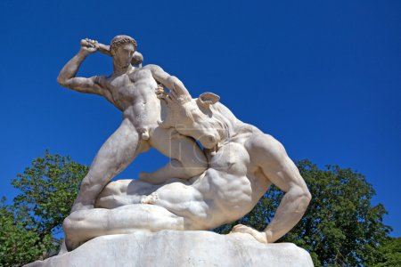 Beautiful marble sculpture of Theseus slaying Mino...