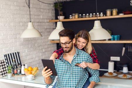 Shopping online with boyfriend