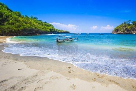 Tropical coastline of Nusa Penida