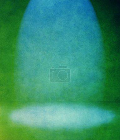 Photo pour Chambre intérieure vintage avec un rayon de lumière - image libre de droit
