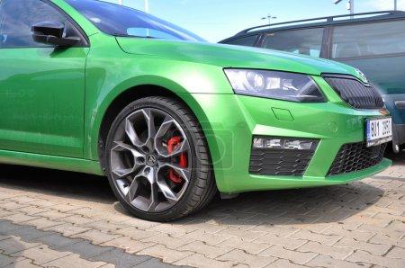 Green Skoda Octavia RS