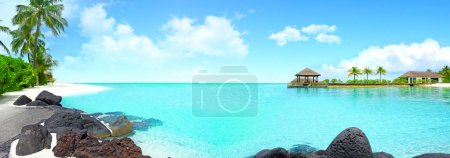 Photo for Beautiful island with clear water, holiday break - Royalty Free Image