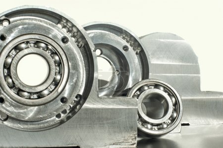 Mounted roller bearing unit. Mechanical engineering.