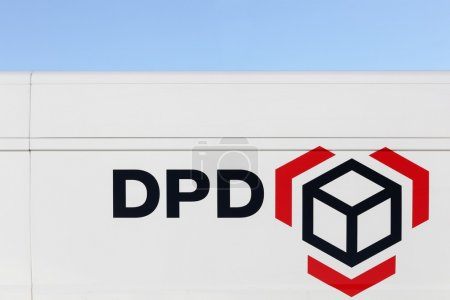DPD logo on a vehicle