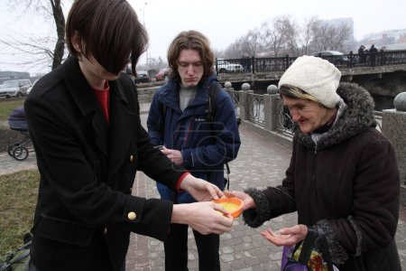 """""""Food No Bombs"""" Campaign feeding the homeless in Kharkiv, Ukraine. March 13, 2016."""