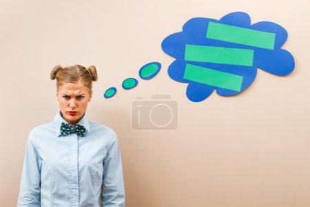 Photo pour Geekette est très en colère à cause de quelque chose - image libre de droit