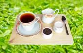 Čerstvý světoznámý černý čaj