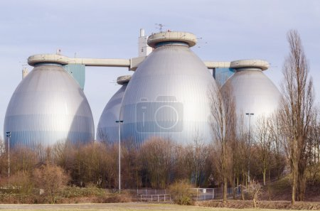 Septic tanks, digesters