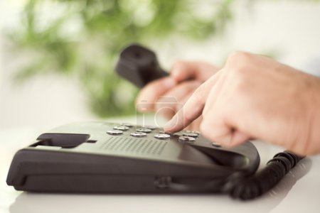 Dialing number on phone
