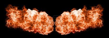 Foto de Llamas de fuego, aisladas sobre fondo negro - Imagen libre de derechos