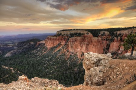 A beautiful sunset in Bryce Canyon