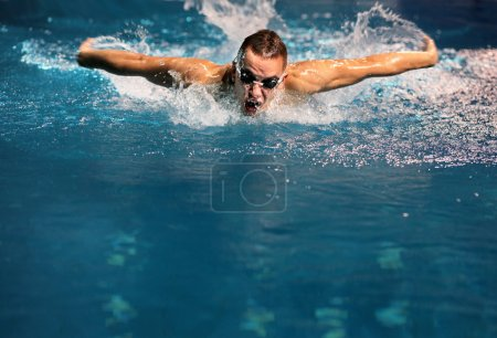 Male swimmer at the swimming pool