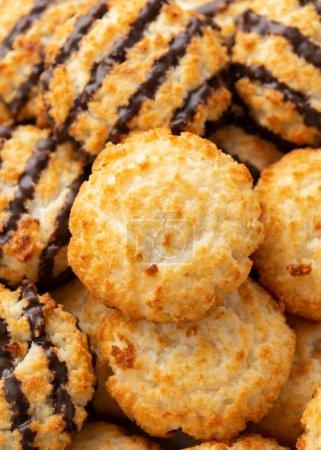 Kokosmakronen-Kekse mit einem Schuss Schokolade. Glutenfrei