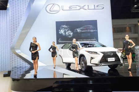 Unidentified model with Lexus RX