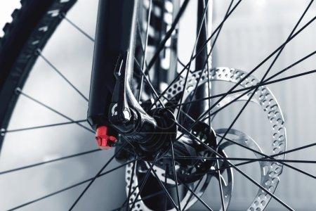 details bicycle wheel disc brake cam knob stiffness