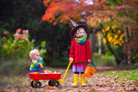Kids trick or treat at Halloween