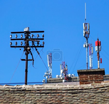 Antennas on the top of a high building