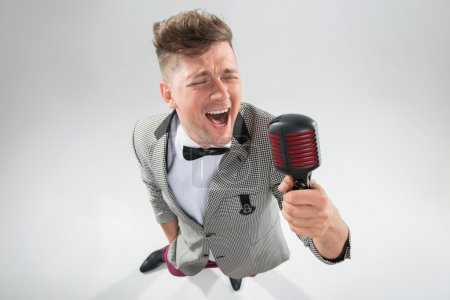 Mc singing in microphone