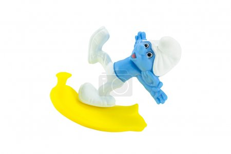 Clumsy smurf slip on a