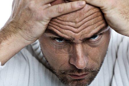 Photo pour Gros plan du visage masculin . - image libre de droit