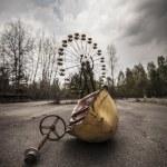 Постер, плакат: Ferris wheel in amusement park in Pripyat