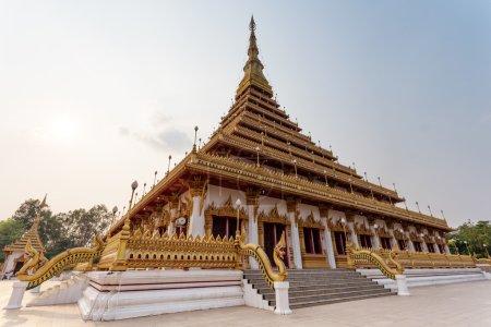 A lovely temple on Lake Kaen Nakhon in Khon Kaen, Thailand