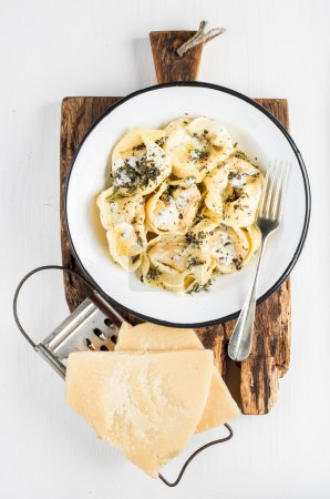 Italian tortellini Burro