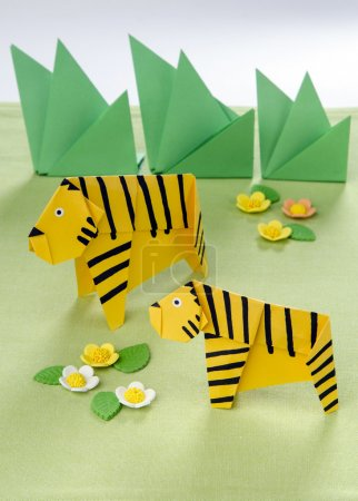 Origami for children Tigers