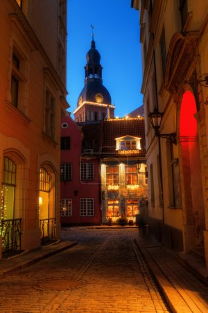 Alley in the medieval and UNESCO protected old town of Riga, Latvia
